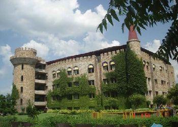 Centre Point School Building Image