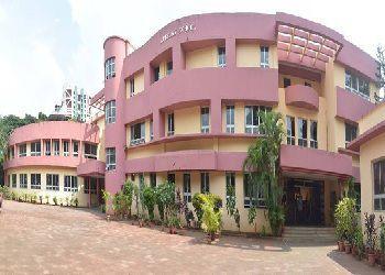 Apeejay School Building Image