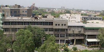 Delhi Public School (DPS), Sector 12, R. K. Puram, New Delhi - 110022 Building Image