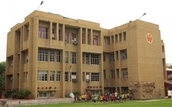 Springdales School, Benito Juarez Marg, Dhaula Kuan, New Delhi - 110021 Building Image