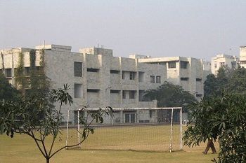 Mother's International School, Sri Aurobindo Marg, New Delhi - 110016 Building Image