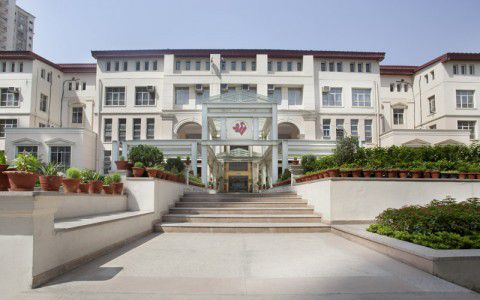The Shri Ram School Building Image