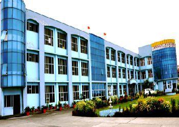 Osdav Public School Building Image