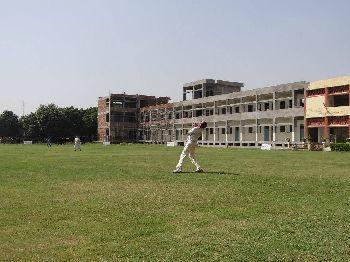 Maru Mal Public School Building Image