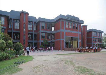 Little Flower Convent School Building Image
