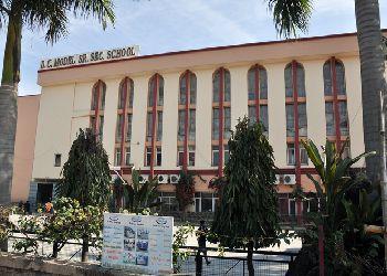 DC Model Senior Secondary School, Sector 7, Opp Main Market, Panchkula, Haryana - 134112 Building Image