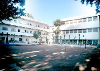 Firdaus Amrut Centre School Building Image