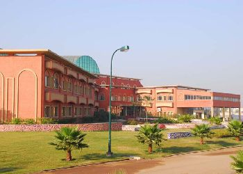Delhi Public School Raipur (DPS), Semariya,  Baloda Bazar Road, Raipur - 493111 Building Image