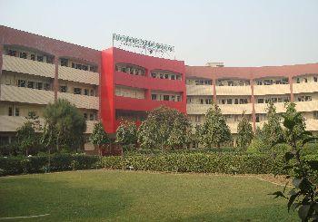 Greenfields Public School Building Image