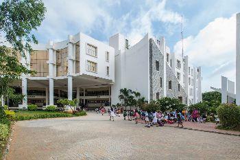 Delhi Public School (DPS), 1 KM, Bikaspura Main Road, Kanakapura Road, Konanakunte, Bengaluru, Karnataka - 560062 Building Image