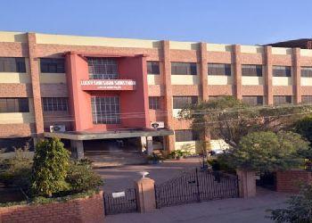 Lucky Bal Niketan Sss Building Image