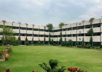 B C M Arya Model Shool, Ishmeet Singh Rd, Shastri Nagar, Ludhiana - 141002 Building Image