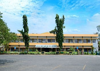 Sacred Heart Matriculation Higher Secondary School, Church Park, Anna Salai, Gopalapuram, Chennai - 600086 Building Image