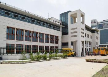 Delhi Public School (DPS) Building Image