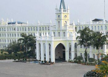 Delhi Public School (DPS), Mainawati Marg, Near NRI City, Azad Nagar, Khyora, Kanpur, Uttar Pradesh - 208 Building Image