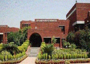 Delhi Public School (DPS), Sector 30 , Noida - 201303 Building Image