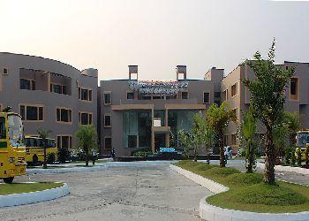 Delhi Public School (DPS), Joka, Gazipur (Keyatalahat), Bakra Hat Road, P.O - Kanganberia, South 24 Parga Building Image