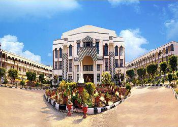 DLF Public School Building Image