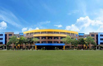 Seth Anandram Jaipuria School Building Image