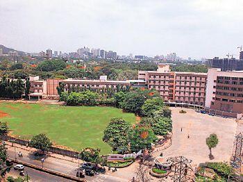 Smt Sulochanadevi Singhania School Building Image