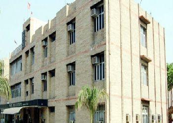 DAV Public School Building Image