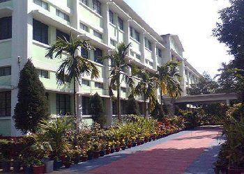 BNS DAV Public School Building Image